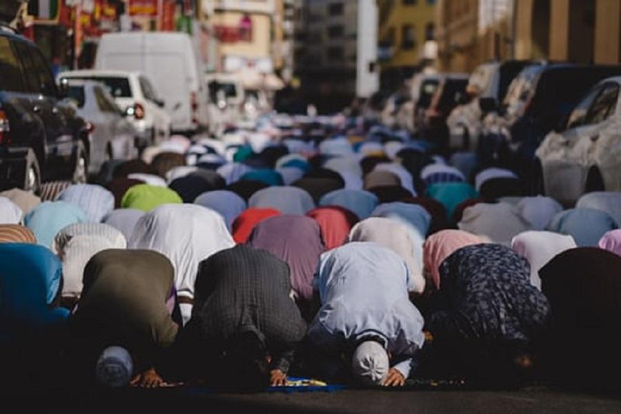 Muslim's Salah (Prayer)